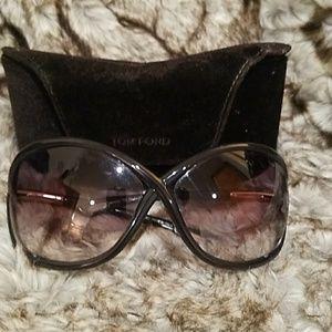 Accessories - Tom Ford Sunglasses